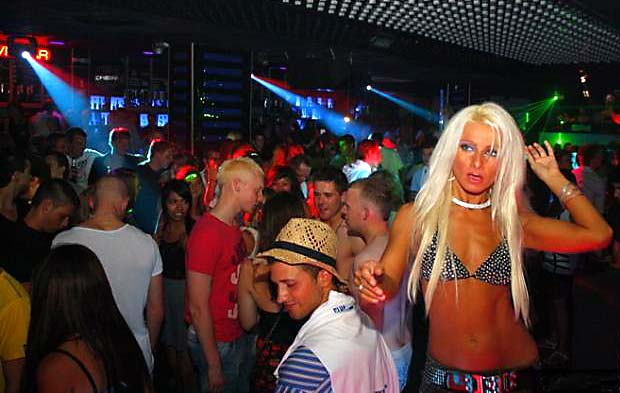 UK-disco-revolution-2